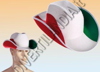 ragazza con cappello italia