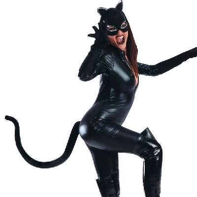 Coda da gatto in pelouche di colore nero. applicabile con pratico